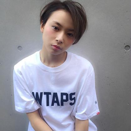 店長  飛田ケイのショートのヘアスタイル