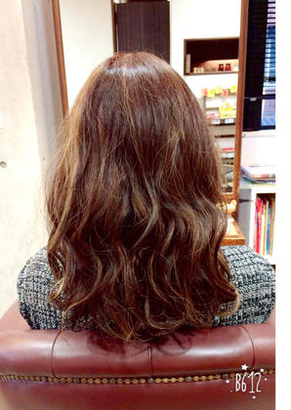 バレイヤージュでワンランク上のお洒落はいかがでしょうか☆ dolce  hair所属・諏訪園寛子のスタイル