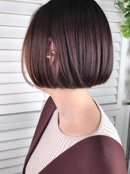 その他 カラー ショート パーマ ヘアアレンジ Real  salon work✂︎ 【 bob / violet 】 . モードな雰囲気を出すのは 切り揃えたライン✔️ . アゴ上の長さはハッキリ首が見え メリハリのある印象に。 頭のカタチをキレイに魅せてくれます✼ . バイオレットカラーで cool feminine ♤ . . . #NAKAIstyle #モードボブ#cool#feminine#バイオレットカラー