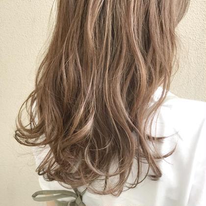 ハイライトカラー🌺 菅野竜矢のセミロングのヘアスタイル