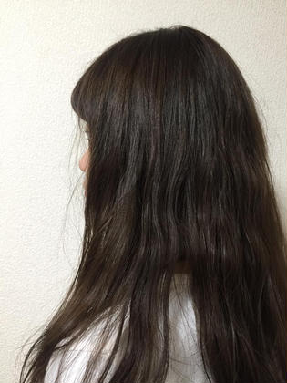冬にぴったりの透け感カラー◯ LORE所属・宮永沙也加のスタイル
