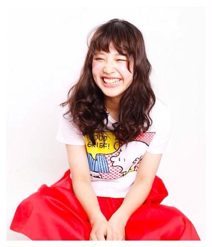 なみなみウェーブがキュート♥︎ happy girl♥︎ ICHIA所属・遠藤栞のスタイル
