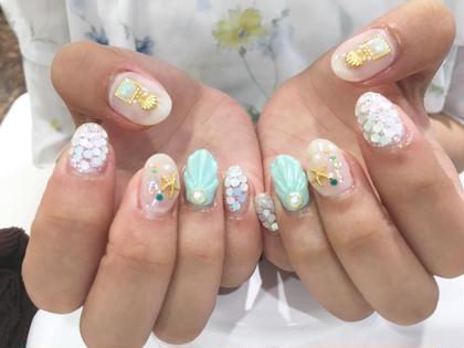 カラー ネイル パーマ ヘアアレンジ ミディアム ラスト夏ネイル♡