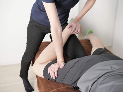 【初回・minimo限定】歪んだ背骨を改善!!  デスクワークで疲れた肩こり、腰痛を撃退!!    背骨・骨盤矯正コース