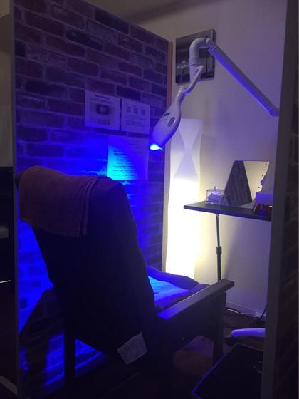 ホワイト二ング中に照射するライトは美肌効果もあります✨ LBS 池袋店所属・熊倉あやなのスタイル