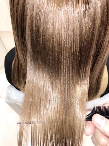 ブリーチ毛でもツヤツヤに髪質改善✨     【Ash銀座HP】 →https://ash-hair.com/staff/20060058/    【インスタグラム】✨フォロワー16000人突破✨ →https://www.instagram.com/takaishi_ash/