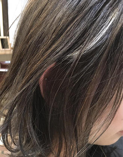カラー   【 イルミナカラー × ハイライト 】  髪に無駄なダメージをかけない、少ない枚数で効果的に表現する ハイライト ♪  大人気です ☺︎♪
