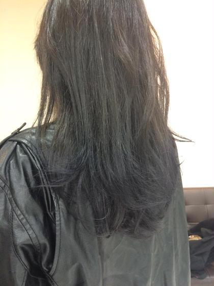 濃いめのアッシュ〜ネイビーのグラデーション フリーランス渋谷所属・安藤正登のスタイル