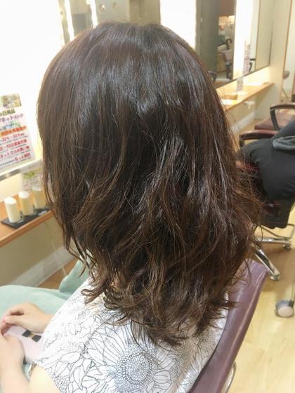 ムースでもみこむだけの自然な無造作パーマ♫ 髪の修復専門店 ジールーム所属・千葉衣里子のスタイル
