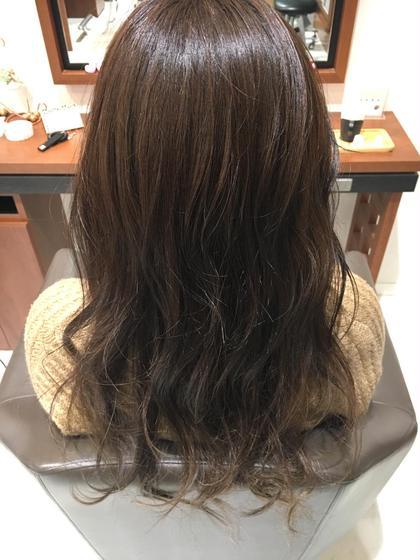 オーキッドとヌードをMIX 普天間菜月のロングのヘアスタイル