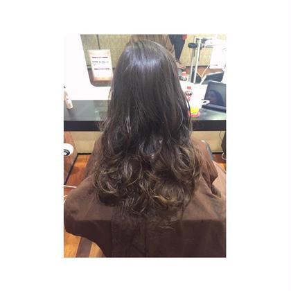 ベージュ系グラデーションカラー HAIR&MAKE EARTH岩槻店所属・宮本大翔のスタイル