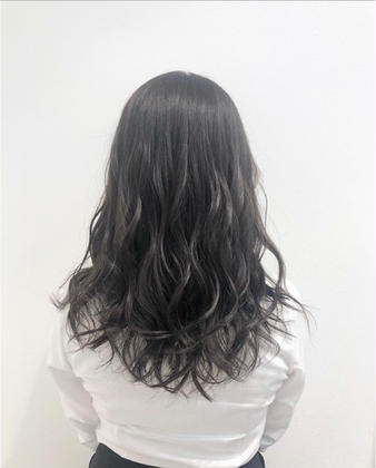 essensualsbyTONI&GUY銀座店所属・崎下麻友香のスタイル