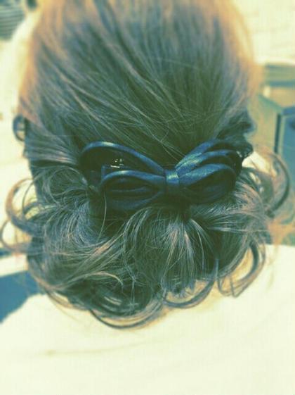髪飾りで、可愛らしさとアップ ALTI CORNATURE所属・長谷川千尋のスタイル