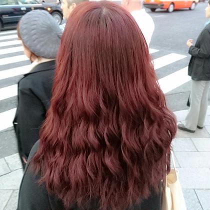 カラー ロング 暖色、ブリーチなしでより赤を出すカラー剤の調合。 日にあたるとより暖色味がでるようにしました。