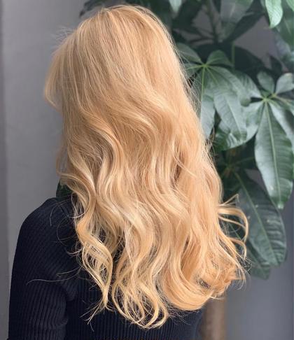 blonde Labcor所属・NINAのスタイル