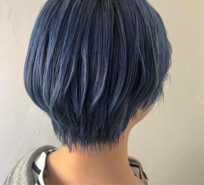 カラー ▽サマーブルー▽   ブルー系のカラーはブリーチベースが肝。  ブリーチベースが白に近ければ近いほど、 綺麗な色が入ります!!   #ブリーチカラー #サマーカラー #ブルー