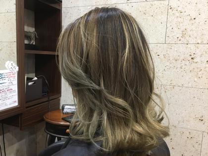 地毛を生かしたブリーチメッシュ+グラデーションスタイル Hair&Make   breatth所属・尾股麻貴のスタイル