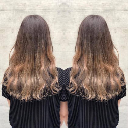 その他 カラー ロング 毛先をブリーチしてミルクティーベージュを入れました😊透明感のある髪色に🎀