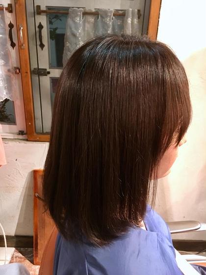 アマランスグレー  アマランス×チャコール  バイオレット系のカラーで、艶っぽく🤗  髪の黄みが出やすい方にオススメです💫 salon de mw所属・川上真衣のスタイル
