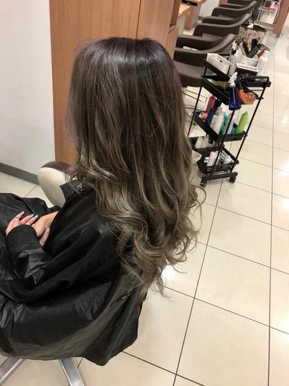 グラデーションカラー 須藤光洋のロングのヘアスタイル