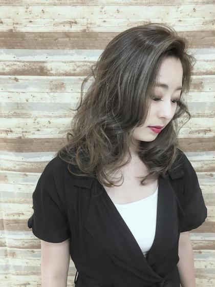 ツヤ感!!グラデーションカラー allfine所属・大塚奈央のスタイル
