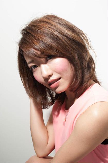 ふんわり感と巻きをプラスして大人っぽく hair care salon Schon所属・山本 智美のスタイル