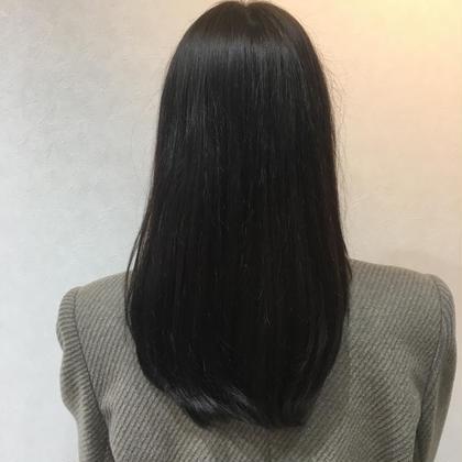 モードマットネイビー♡ Roops所属・ヤマグチヒトミのスタイル