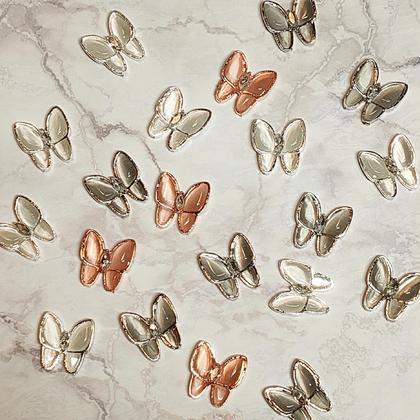 蝶々パーツ2個付スカルプ+ワンカラージェルorラメグラデスカルプ(オフなし)日時変更・キャンセル不可 バタフライネイル