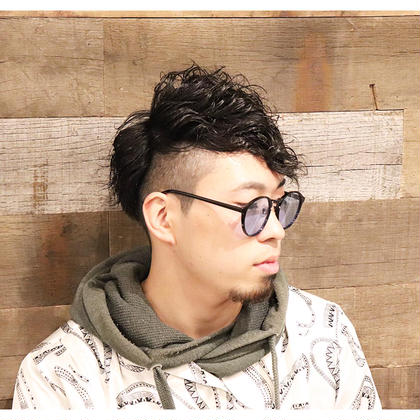 【men'sサロン限定‼️男前セット👍】カット+ポイントパーマ+眉カット¥10800→¥3500