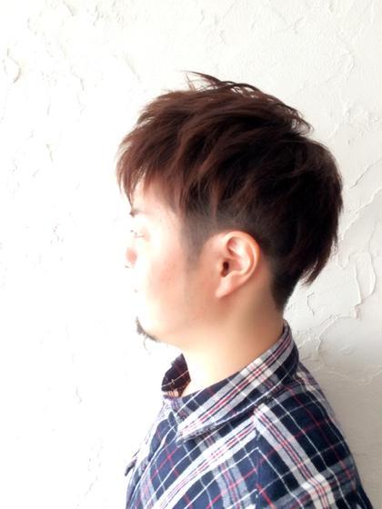 ツーブロックショートのカジュアルなバージョン。 カラーで重めな髪も軽めに! JY'S所属・fujiwarahideakiのスタイル