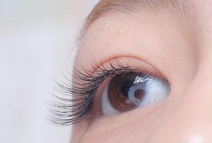 Eye Beauty Salon Sylph 西宮店所属のKanbaraSotaのマツエクデザイン