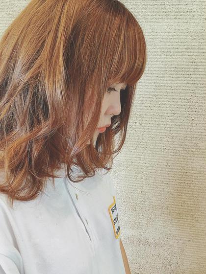 長い期間放置して 伸びっぱなし重たくなった髪の毛を 夏仕様に短く軽く でもまとまるようにカットしてます! LUCKbykiki所属・野呂田ひかるのスタイル