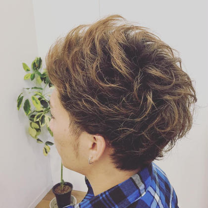 くせ毛を生かしてカット!スタイリングが簡単に☆ Slow garden別府店所属・むらかみひろのぶのスタイル