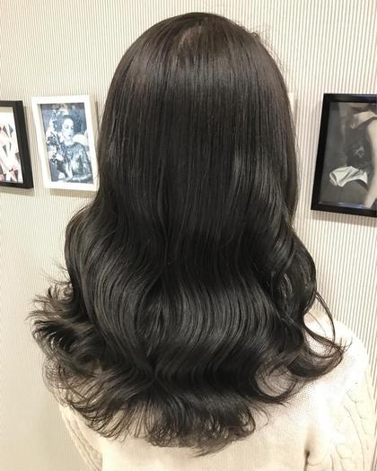 『ヘアカラーで髪に艶と柔らかさを💕』  髪質改善サロンだからこそできる正真正銘の《艶カラー》をしましょう🙈  『艶カラーのメリット』 ✅カラーをしながら髪を強化できる✨ ✅髪にハリ、コシ、ツヤが手に入る💕 ✅ダメージが圧倒的に少ない👼 ✅色味が綺麗に見える👀 ✅instaに出るようなヘアーになる👏  こんなにメリットづくしな艶カラー⭐︎ 是非やって見ませんか❓ 必ず綺麗にしますので🙈  【Ash銀座HP】 →https://ash-hair.com/staff/20160124/    【インスタグラム】 →http://instagram.com/ash_jukiya Ash 銀座店所属・小松寿希也のスタイル