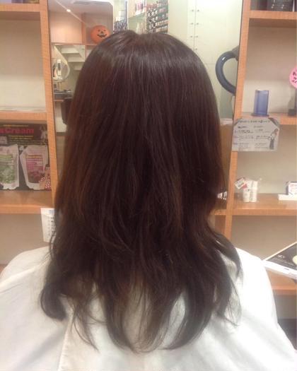 白髪染めのお客様です♪  ベージュアッシュに仕上げました(*´艸`) sleek吹田所属・大川世理奈のスタイル