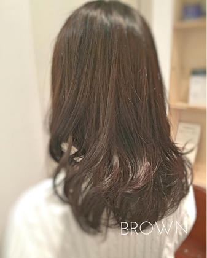 お客様スタイル  春休みだけの期間限定カラー、ハイライトとグラデーションの合わせ技です!黒染めしていてもムラなく綺麗に染まりますよ!  ブリーチ グラデーションカラー 12000円  #BROWN #brown#kichijoji#cut#color#hair#吉祥寺#美容室#美容師#サロン#カット#カラー#オルディーブ#ネイビーマット#ホワイティアッシュ#トリートメント#グローバルミルボン#ミルボン#MILBON#グラデーションカラー#グラデ#グラッシュ#外国人風カラー#外国人風グラデーションカラー#パリピ#スタッフ募集 スタイリストAilスタイリストのスタイル
