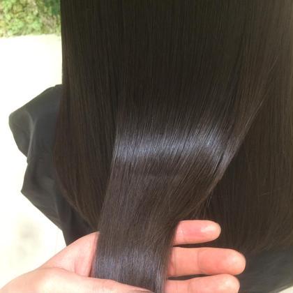ダーク系ツヤカラー 綺麗な髪になりたい方にオススメのダークカラー アッシュベースの暗いけど透き通った髪色に hairsalonsasa所属・山岸一樹のスタイル