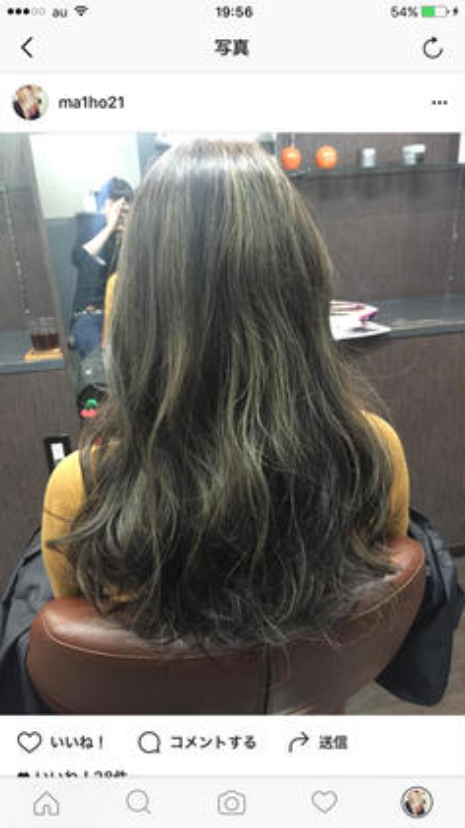 ベースは落ち着いたアッシュ系の細かいハイライト ()inni hair design works所属・藤木真帆のスタイル