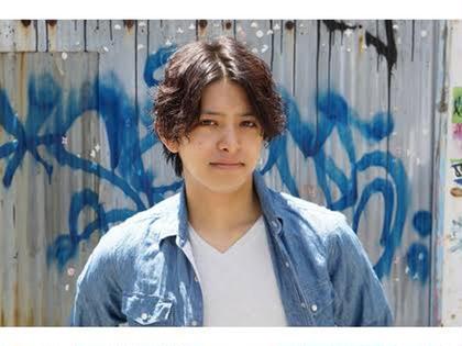 【カット+ポイントパーマ+美肌効果シートパック+眉カット+ピロミントリートメント】 ¥10800→¥4000