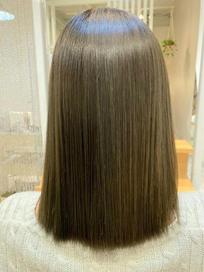 縮毛矯正+形状ケア とても相性がいいので髪の毛が生まれ変わりサラサラに😳