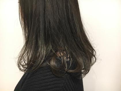山口華蓮のセミロングのヘアスタイル