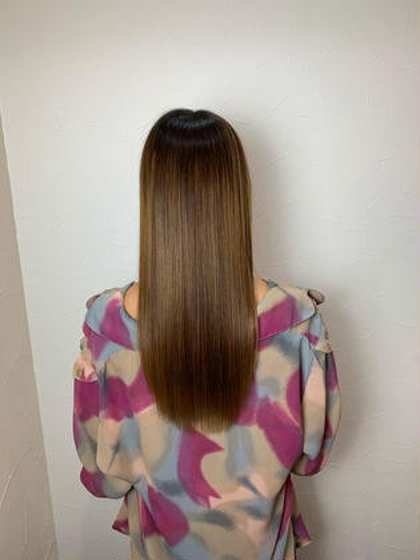 ブリーチ履歴のある髪の毛もサロンソリューションでサラツヤ髪に🥺👍