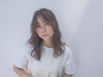 グレージュとフリンジバング BLESS所属・時田匡人のスタイル