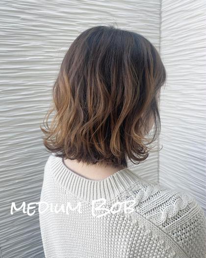 ⭐️ medium Style ⭐️  下は、外ハネに トップはレイヤーで動きを🙆🏻♂️✨ 巻き方簡単のスタイルです😋!!!  耳にかけても可愛いように、 もみあげの髪の毛は短く😌✨