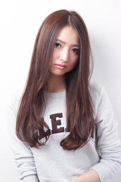 ツヤ感とふんわり感をかもしだす顔周りの動き hair care salon Schon所属・山本 智美のスタイル
