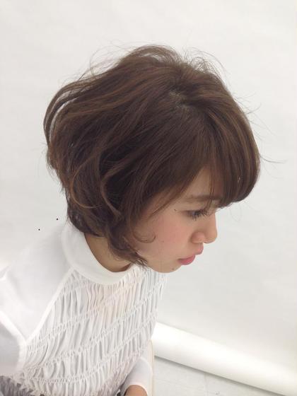 ショートボブスタイル。 コテで軽く巻いてあげると素敵です✨✨✨ EIGHT新宿所属・平田夢来のスタイル
