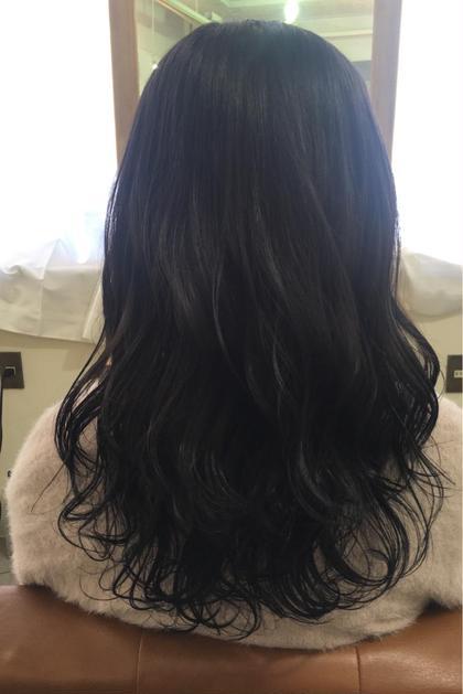 長南磨依のロングのヘアスタイル