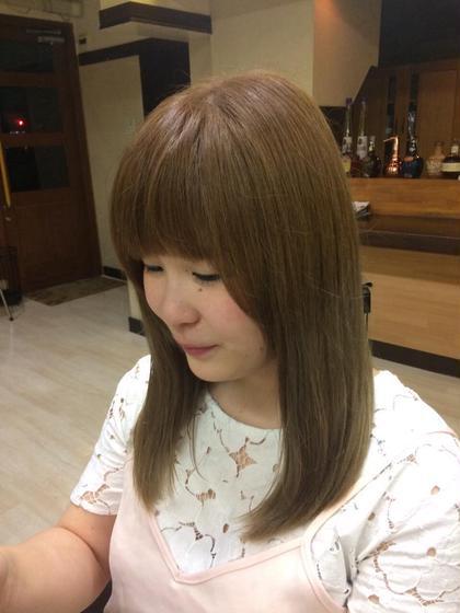 毛先の金髪と根元の黒の差を無くしつつグラデーションカラーに染めてみました(^-^)/ PourVous所属・星龍太郎のスタイル