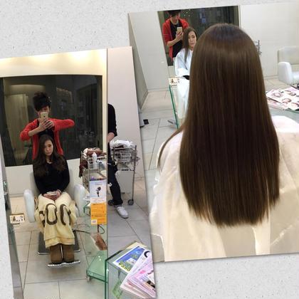Instagram見てご来店の寿理ちゃん♪  グレーとエメラルドグリーンのコラボ✨ めちゃ満足してくれて、今度お姉ちゃん紹介してくれます♪ モードケイズNisinomiya所属・サロンディレクター小松 直樹のスタイル