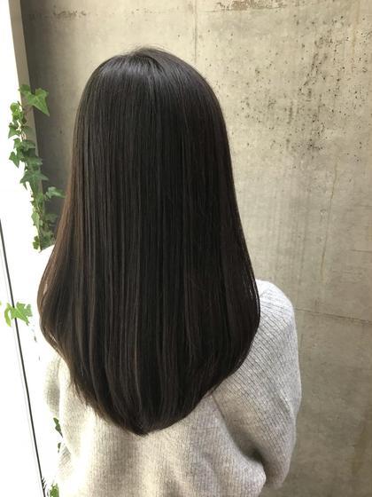 平井綾乃のロングのヘアスタイル